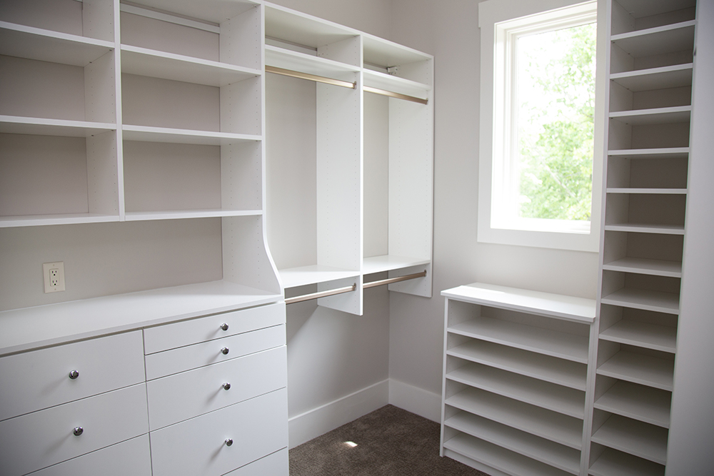 Details Always Matter To Grasperge Construction, And Here, Storage Space Is  Given The Importance It Deserves   Especially In The Master Closet, ...